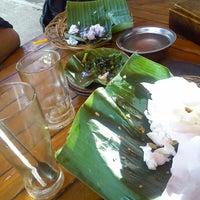 Photo taken at Waroeng SS by lilik s. on 4/7/2014