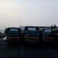 Photo taken at Terminal Bus Tanjung Priok by SUTRISNO Patian C. on 10/31/2015