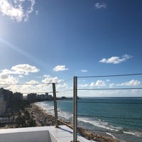 Photo taken at Wet Bar, Roof Top, Water Club Hotel by A on 3/30/2018