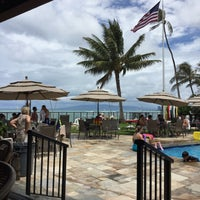 Photo taken at Elks Lodge 616, Honolulu by 😜 Heather S. on 6/18/2017