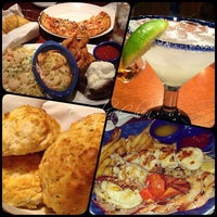 Photo taken at Red Lobster by Emm C. on 3/24/2013