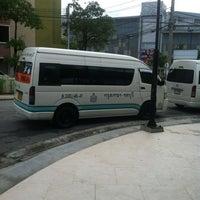 Photo taken at ท่ารถตู้ CentralPlaza Chonburi by wasin s. on 9/14/2013