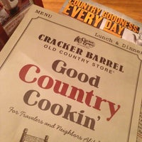 2/24/2013에 Maximus S.님이 Cracker Barrel Old Country Store에서 찍은 사진