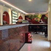 Das Foto wurde bei Asia Cuisine & Sushi Bar von Der Z. am 1/10/2014 aufgenommen
