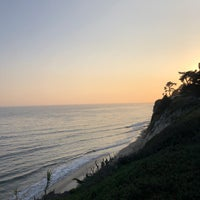 Photo taken at 1000 Steps Beach by Al on 8/20/2018