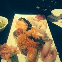 Photo taken at Nu Sushi by Elouiza B. on 7/7/2014