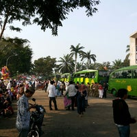 Photo taken at Masjid Agung Kalianda by Ervien E. on 9/25/2013