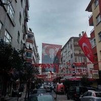 Photo taken at MHP Zeytinburnu Yenidoğan Seçim İrtibat Bürosu by Yunus Emre K. on 3/1/2014