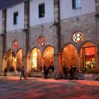 3/23/2013 tarihinde Laia M.ziyaretçi tarafından Convent de Sant Agustí'de çekilen fotoğraf