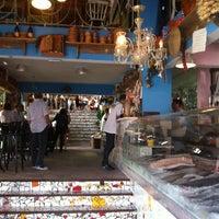 Foto tirada no(a) Peixaria Bar e Venda por Guilherme B. em 4/6/2013