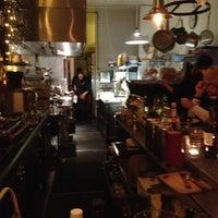 Photo prise au Jayne's Gastropub par Crystalyn le3/20/2013