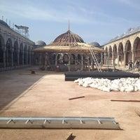 Das Foto wurde bei Edirnekapı Mihrimah-Sultan-Moschee von Gamze K. am 4/5/2013 aufgenommen