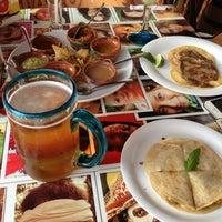 Foto tomada en Taco y Tequila por Vitaly S. el 3/13/2013