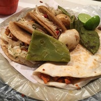 Photo taken at Tacos LA TERMITA by Mitzi Aleida B. on 10/12/2016