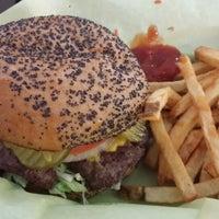 Photo taken at Flaming Burger by Raul C. on 6/10/2014