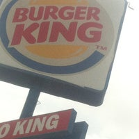 Photo taken at Burger King by Maria Jose R. on 3/7/2013