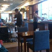 Photo taken at Polaris Hotel (폴라리스호텔) by Alex L. on 10/23/2013