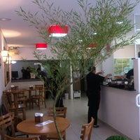 Foto tirada no(a) Ton Hoi Restaurante por André B. em 11/17/2012