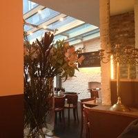 Das Foto wurde bei Café Sehnsucht von Stefanie am 1/10/2013 aufgenommen