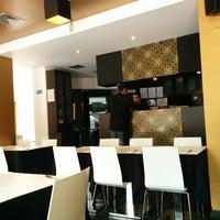 Foto tirada no(a) Restaurante Zaafran por Flávio O. em 3/26/2014