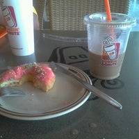 Photo taken at Dunkin Donuts by Lolla A. on 10/15/2013