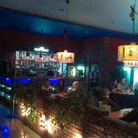 Снимок сделан в Blues & Jazz Bar Restaurant пользователем Oleg K. 12/21/2012