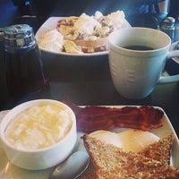 รูปภาพถ่ายที่ Refuel โดย Melissa A. เมื่อ 2/26/2013
