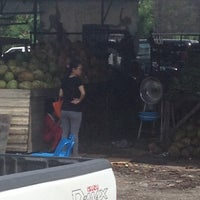 Photo taken at Bundusan Fruit & Vege Wholesale Market by Darth Maul on 10/26/2013