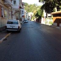 Photo taken at Yeni Mahalle by Birsen E. on 7/26/2013