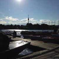 Das Foto wurde bei Ufertaverne von Martin K. am 8/24/2014 aufgenommen