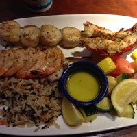 Photo taken at Red Lobster by Claudia I. on 1/11/2014