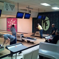 Photo taken at Mt. Airy Duckpin Bowling Lanes by Sean M. on 3/27/2014
