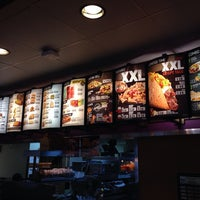 Photo taken at Taco Bell by Daniel W. on 4/15/2014