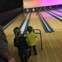 Photo taken at Bowling Stones by Jasmien D. on 1/4/2018