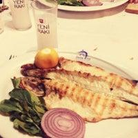6/19/2013 tarihinde Esraziyaretçi tarafından Boncuk Restaurant'de çekilen fotoğraf