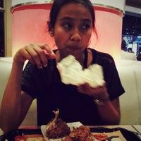 Photo taken at Burger King by chi-chi on 5/25/2013