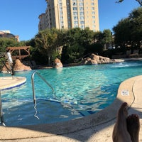Photo taken at Marriott Ocean Watch Woodsy Serenity Pool by Shelly B. on 9/8/2018