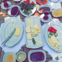 5/17/2016 tarihinde Merve C.ziyaretçi tarafından Cafe Bi'Kavanoz'de çekilen fotoğraf