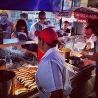 Foto tomada en Tacos Juan por Carlos G. el 9/28/2013