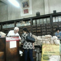 Photo taken at เจ้ากรมเป๋อ ร้านขายยาแผนโบราณ by wara l. on 6/3/2013