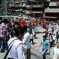 5/1/2013 tarihinde Ahmet E.ziyaretçi tarafından Şirinevler Meydanı'de çekilen fotoğraf