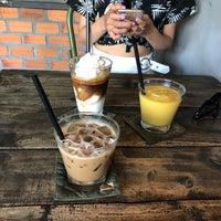 Снимок сделан в Cộng coffee пользователем brs v. 6/28/2018