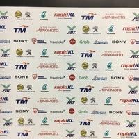 Photo taken at Gelanggang Tennis Tasik Titiwangsa by Mohd Firdaus B. on 9/25/2017