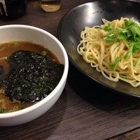 Photo taken at 牛骨ラーメン 香味徳 銀座店 by qtakamitsu q. on 7/13/2014