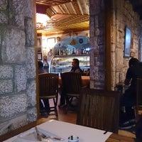 10/6/2013 tarihinde Ismail T.ziyaretçi tarafından Octopus Restaurant'de çekilen fotoğraf