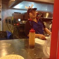 Foto scattata a Domino's Pizza da Marsh p. il 12/5/2013