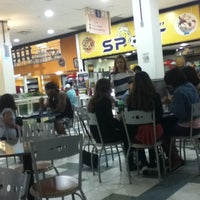 4/23/2013 tarihinde Lucas B.ziyaretçi tarafından Nilópolis Square Shopping'de çekilen fotoğraf