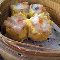 Das Foto wurde bei Ying Ying Tea House von Eddie K. am 3/19/2013 aufgenommen