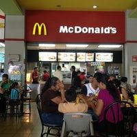 Photo taken at McDonald's Multicentro by suÿën B. on 8/10/2013