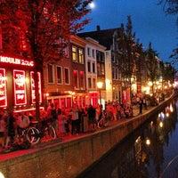 6/19/2013 tarihinde Shawn T.ziyaretçi tarafından Red Light District / De Wallen'de çekilen fotoğraf
